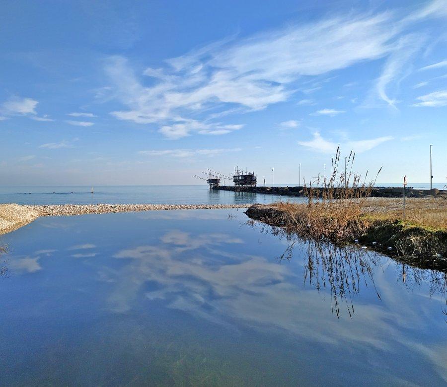 Il mare e il porto